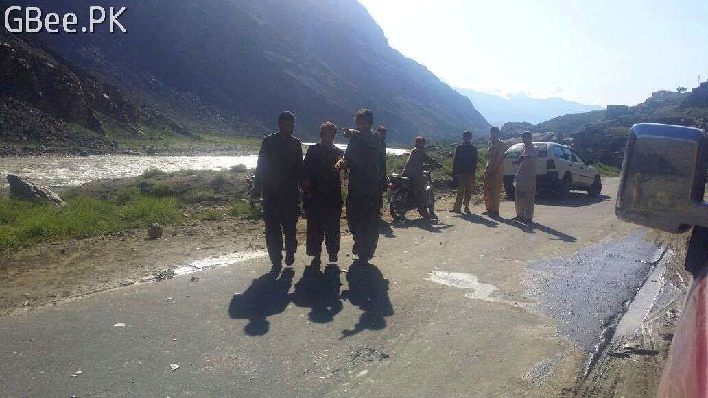 accident in Baseen Gilgit on Ghizer road