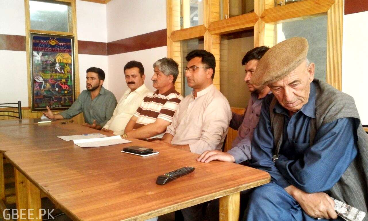 hunza-all-parties-press-conference-06-2016 (1)