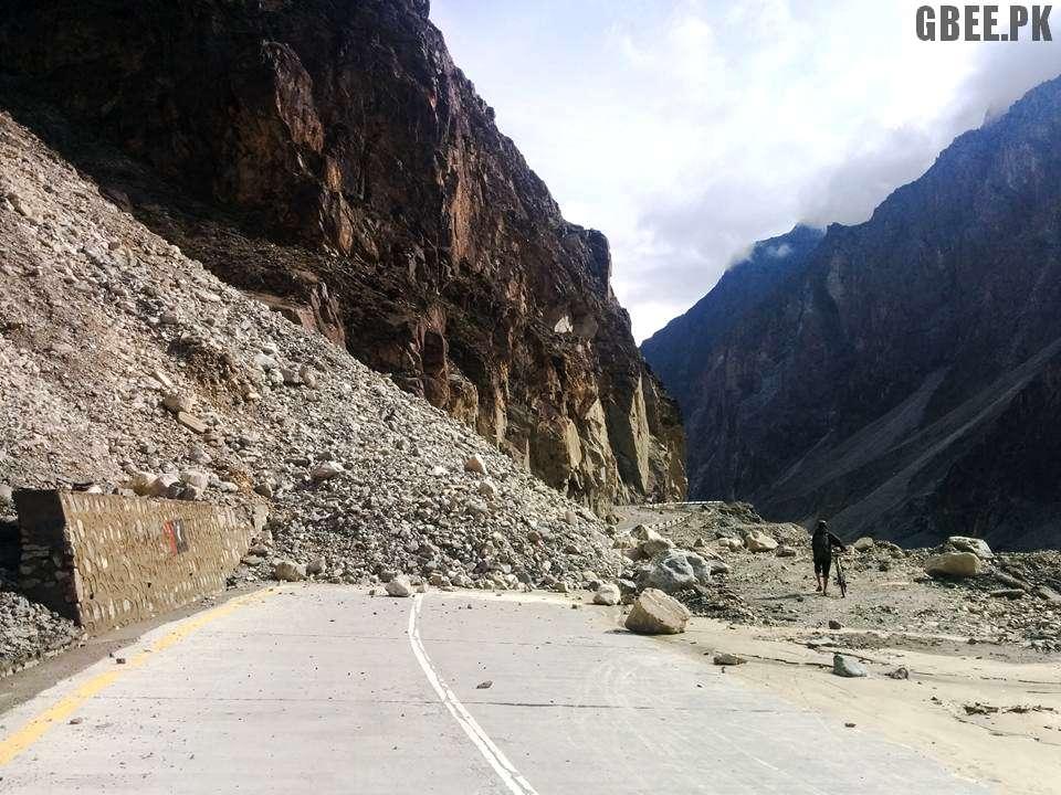 Karakoram Highway - KKH blocked