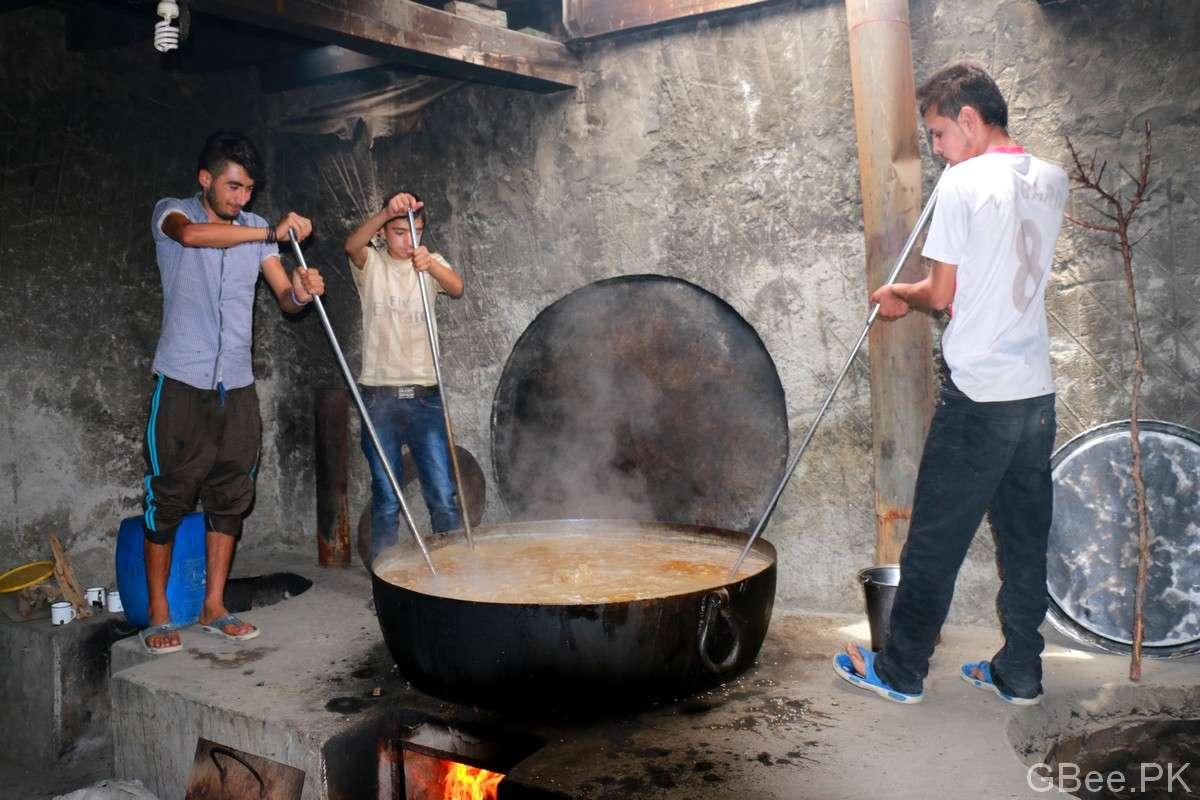 Young boys preparing Harisa