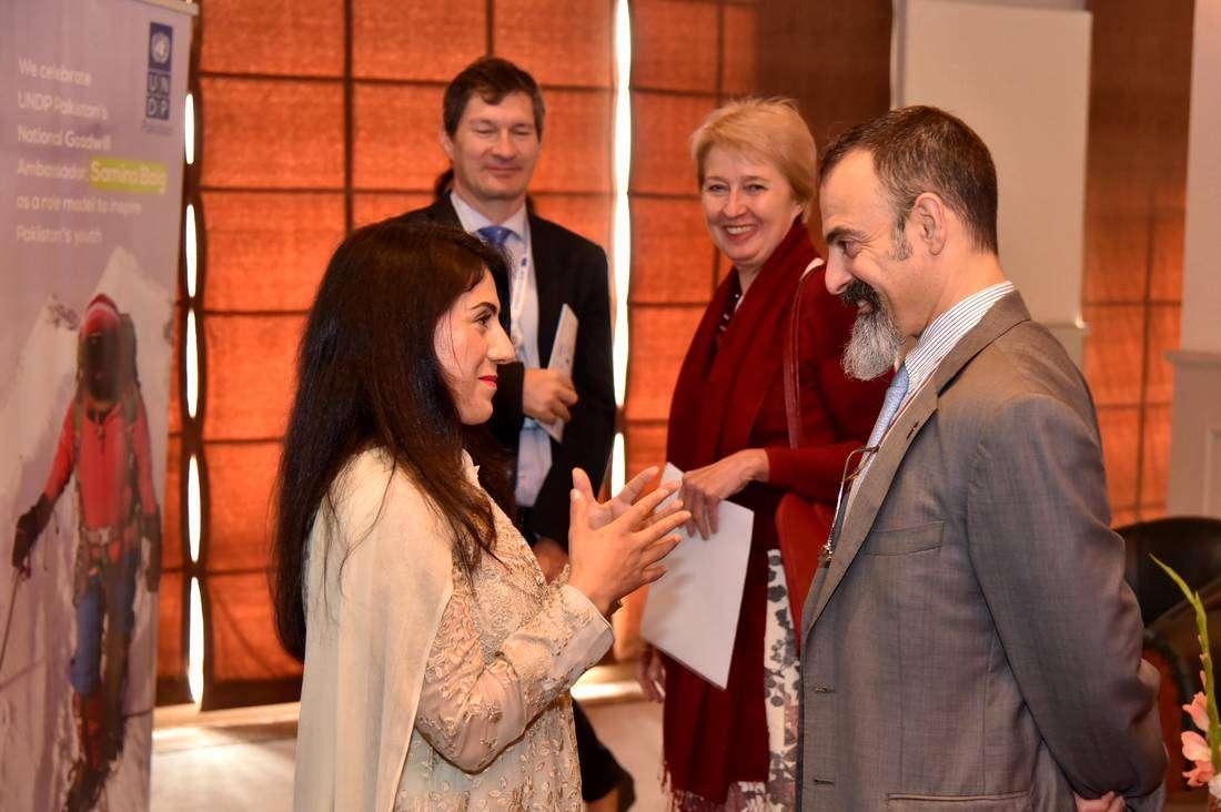 Samina Baig and UNDPPakistanCountry Director Ignacio Artaza